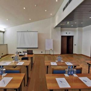 Аренда конференц зала в гостинице «Оксана» Москва